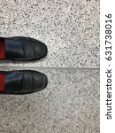 Small photo of Black work shoes The old condition that has been used for many years. But it is ready to travel to work at any time, according to the concept, because the couple go everywhere.
