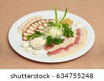 plate with meat cutting  strips ...