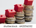 housing cost. red house with... | Shutterstock . vector #642056332