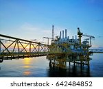 offshore oil and gas central...   Shutterstock . vector #642484852