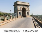 Triumphal Arch Road On...