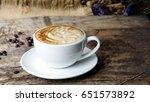 Latte Art And Cappuccino Coffe...