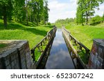 Gateways Sluice  Locks  On The...