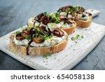 Garlic Mushroom Toast With...