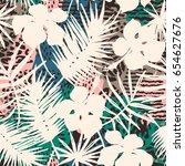 trendy seamless exotic pattern... | Shutterstock .eps vector #654627676