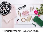 fashion. trendy sweater ... | Shutterstock . vector #669920536