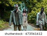 Walking Dead  Zombies In An...