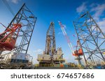 oil and gas drilling rig work... | Shutterstock . vector #674657686