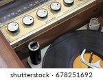 vintage 1950 1960 hi fi stereo... | Shutterstock . vector #678251692