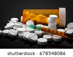 opioid epidemic and drug abuse... | Shutterstock . vector #678548086