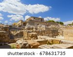 knossos palace | Shutterstock . vector #678631735