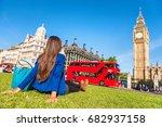 london city lifestyle woman...   Shutterstock . vector #682937158