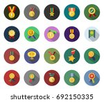 win medals icon | Shutterstock .eps vector #692150335