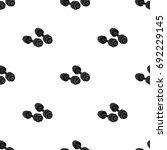 dumbbells icon in black style... | Shutterstock .eps vector #692229145
