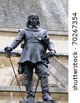 Oliver Cromwell Statue Near Th...