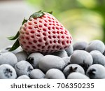Freeze Of Strawberry And...