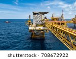 platform offshore oil and gas... | Shutterstock . vector #708672922