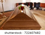 funeral and mourning concept  ...   Shutterstock . vector #722607682