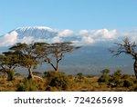 the highest mountain of african ...   Shutterstock . vector #724265698