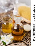 aromatherapy essential oils in... | Shutterstock . vector #725562232
