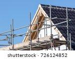 modern house roof construction...   Shutterstock . vector #726124852