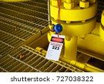 gas process valve isolation... | Shutterstock . vector #727038322