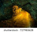light waves that penetrate...   Shutterstock . vector #727983628