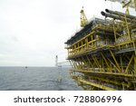 offshore gas processing... | Shutterstock . vector #728806996