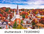 Montpelier, Vermont, USA town skyline in autumn.