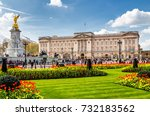 buckingham palace and victoria... | Shutterstock . vector #732183562