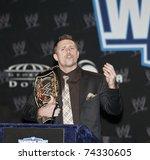 ������, ������: WWE Superstar The Miz