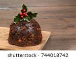 christmas pudding with holly