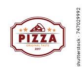 pizza logo vintage style. flat... | Shutterstock .eps vector #747029992