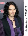 ������, ������: Russell Brand arrives at