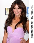 Постер, плакат: Jennifer Love Hewitt arriving