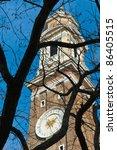 santi apostoli church clock