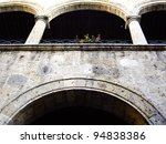 Colonial Style Arched Wall In...