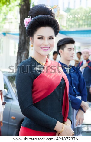 10-2-16 Bangkok, Thailand. They walk with parade of North Thailand's commemorate ancestors day.