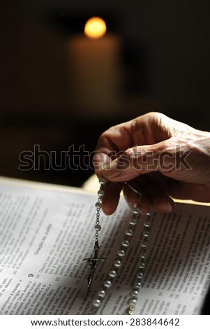 christian woman reading the bible