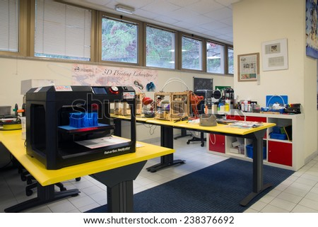 Molding made 3d printing inserted into stock photo 495928798 shutterstock - 3d printer italia ...