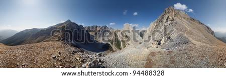 360 degree view, Cory Pass, Near Banff, Banff National Park, Alberta, Canada Cory Pass Loop is a easy but steep hike with one short tricky spot, requires about 5 hours for the whole Loop. - stock photo
