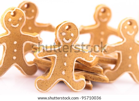 five gingerbread man with stars