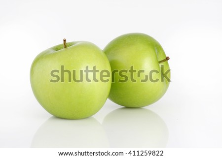fresh green apples , Green apple isolated on white  - stock photo