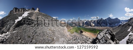 360 Hike To Mount Eiffel Summit, Banff National Park, Alberta, Canada Larch Valley, Valley of the 10 Peaks. - stock photo