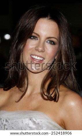 "03/11/2009 - Hollywood - Kate Beckinsale at the AFI FEST 2009 Screening of ""Everybody's Fine"" held at the Grauman's Chinese Theater in Hollywood, California, United States."