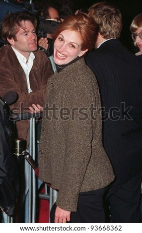 "14JAN97:  Actress JULIA ROBERTS at the premiere of ""Albino Alligator.""  The movie is Kevin Spacey's first movie as director, and stars Matt Dillon,  Faye Dunaway & Gary Sinise.  Pix: PAUL SMITH - stock photo"