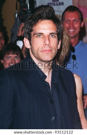 "09JUL98:  Actor BEN STILLER at the world premiere, in Los Angeles, of his new movie ""There's Something About Mary."""