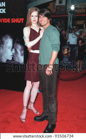 """13JUL99:   Actor TOM CRUISE & actress wife NICOLE KIDMAN at the world premiere, in Los Angeles, of their new movie """"Eyes Wide Shut"""".  Paul Smith / Featureflash - stock photo"""