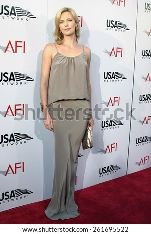 10 June 2004 - Hollywood, USA - Charlize Theron. 32nd AFI Life Achievement Award: A Tribute to Meryl Streep at the Kodak Theatre, Hollywood & Highland. - stock photo