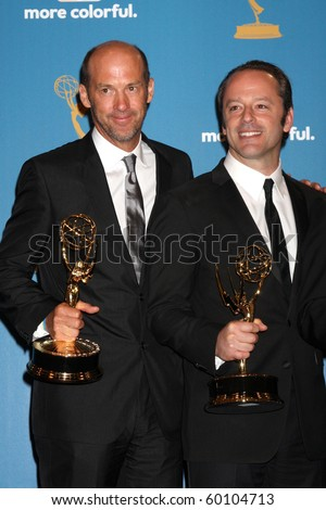 LOS ANGELES - AUG 29:  Anthony Edwards, and Gil Bellows in the Press Room at the 2010 Emmy Awards at Nokia Theater at LA Live on August 29, 2010 in Los Angeles, CA